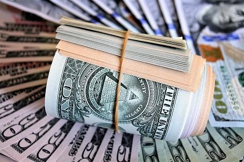 E o dólar não para de subir